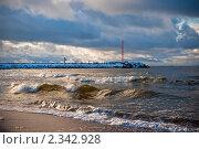 Купить «Балтийское море, начало шторма», фото № 2342928, снято 3 января 2011 г. (c) Анна Лурье / Фотобанк Лори