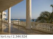 Балюстрада турецкого отеля у моря (2010 год). Стоковое фото, фотограф Svetlana Yudina / Фотобанк Лори