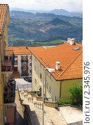 Купить «Вид на Сан-Марино, Италия», фото № 2345976, снято 23 августа 2010 г. (c) Vitas / Фотобанк Лори