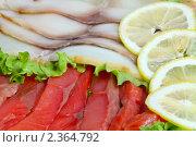Купить «Рыбные деликатесы - форель и масляная в нарезке», фото № 2364792, снято 20 февраля 2011 г. (c) Татьяна Белова / Фотобанк Лори
