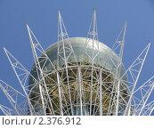 Купить «Символ Астаны башня Байтерек», фото № 2376912, снято 2 августа 2010 г. (c) Юлианна Аракчеева / Фотобанк Лори