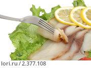 Купить «Рыба  масляная в нарезке с лимоном», фото № 2377108, снято 20 февраля 2011 г. (c) Татьяна Белова / Фотобанк Лори