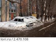 Брошенные автомобили под снегом. Стоковое фото, фотограф Бабкин Валентин / Фотобанк Лори