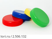 Цветные крышки. Стоковое фото, фотограф Антон Курашев / Фотобанк Лори