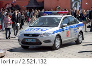 Купить «Автомобиль полиции на патрулировании», фото № 2521132, снято 9 мая 2011 г. (c) Вадим Морозов / Фотобанк Лори