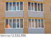 Купить «Заводоуковск. Новый кирпичный дом», фото № 2532956, снято 15 марта 2011 г. (c) Александр Тараканов / Фотобанк Лори