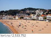 Купить «Песчаный пляж в Тосса де Мар», фото № 2533752, снято 10 апреля 2011 г. (c) Яков Филимонов / Фотобанк Лори
