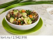 Мясная похлебка с фасолью и морковью. Стоковое фото, фотограф Maria Savelieva / Фотобанк Лори