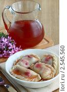 Купить «Вареники с вишней и ягодный кисель», фото № 2545560, снято 20 мая 2011 г. (c) Надежда Мишкова / Фотобанк Лори