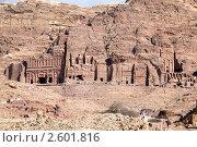 Купить «Панорамный вид на древний город Петра, Иордания», фото № 2601816, снято 12 марта 2011 г. (c) Николай Винокуров / Фотобанк Лори