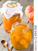 Купить «Варенье из яблок сорта китайка», эксклюзивное фото № 2604568, снято 15 июня 2011 г. (c) Давид Мзареулян / Фотобанк Лори
