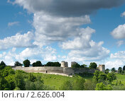Купить «Крепость Изборск», фото № 2626004, снято 30 мая 2010 г. (c) Сергей Бойков / Фотобанк Лори