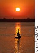 Купить «Силуэты яхт на закате», фото № 2633792, снято 2 июля 2011 г. (c) Argument / Фотобанк Лори