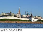 Купить «Казанский кремль», фото № 2644448, снято 29 июня 2011 г. (c) Хузахметова Венера / Фотобанк Лори