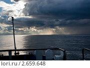 Купить «Грозовой фронт над Белым морем», эксклюзивное фото № 2659648, снято 19 августа 2007 г. (c) Родион Власов / Фотобанк Лори