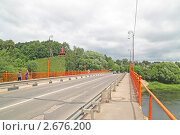 Город Руза. На мосту через реку Руза (2011 год). Стоковое фото, фотограф Сергей Соболев / Фотобанк Лори