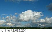 Купить «Облака плывущие над городом. Таймлапс», видеоролик № 2683204, снято 17 марта 2011 г. (c) Михаил Коханчиков / Фотобанк Лори