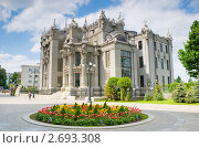 Купить «Дом с химерами в Киеве», фото № 2693308, снято 18 мая 2011 г. (c) Николай Голицынский / Фотобанк Лори