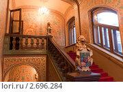 Лестница во дворце (2010 год). Редакционное фото, фотограф Денис Овсянников / Фотобанк Лори