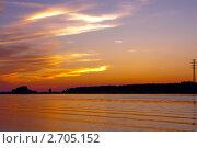 Купить «Закат солнца на реке Волга», фото № 2705152, снято 14 июля 2011 г. (c) ElenArt / Фотобанк Лори