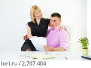 Купить «Служебный роман, флирт в офисе», фото № 2707404, снято 12 мая 2011 г. (c) Ольга Красавина / Фотобанк Лори