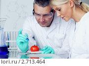 Химический эксперимент. Стоковое фото, фотограф Иван Михайлов / Фотобанк Лори