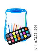 Купить «Акварельные краски и карандаши на планшете», фото № 2731604, снято 21 августа 2010 г. (c) Elnur / Фотобанк Лори