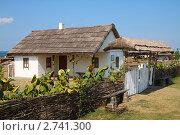 Купить «Дом казака. Атамань», фото № 2741300, снято 21 августа 2011 г. (c) Дорощенко Элла / Фотобанк Лори