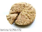 Яблочный пирог на белом фоне. Стоковое фото, фотограф Лилия / Фотобанк Лори