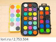 Купить «Акварельные краски», фото № 2753504, снято 29 августа 2010 г. (c) Elnur / Фотобанк Лори