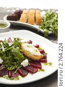 Купить «Свекольный салат», фото № 2764224, снято 10 февраля 2011 г. (c) Dzianis Miraniuk / Фотобанк Лори