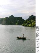 Рыбак и море (2011 год). Редакционное фото, фотограф Аблаева Виктория / Фотобанк Лори