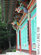 Купить «Голова дракона как декор буддистского храма. Корея», фото № 2802108, снято 5 сентября 2009 г. (c) Ольга Липунова / Фотобанк Лори