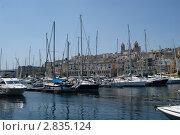 Мальта. Пристань. Яхты (2011 год). Редакционное фото, фотограф Александр Карябин / Фотобанк Лори