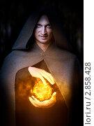 Купить «Маг огня кастует файербол. Мужской костюм для  хэллоуина», фото № 2858428, снято 1 сентября 2011 г. (c) katalinks / Фотобанк Лори