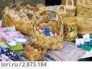 Сувениры на прилавке, Сыктывкар (2011 год). Редакционное фото, фотограф Наталия Шевченко / Фотобанк Лори