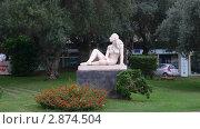 Купить «Городской сквер. Статуя Европы. Катания», фото № 2874504, снято 1 сентября 2006 г. (c) Марина / Фотобанк Лори