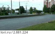 Купить «Движение городского транспорта, таймлапс», видеоролик № 2881224, снято 20 февраля 2019 г. (c) Павел Коновалов / Фотобанк Лори