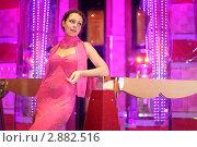 Купить «Красивая молодая женщина в вечернем платье», фото № 2882516, снято 14 апреля 2010 г. (c) Losevsky Pavel / Фотобанк Лори
