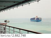 Купить «Контейнеровоз в море», фото № 2882748, снято 16 апреля 2010 г. (c) Losevsky Pavel / Фотобанк Лори
