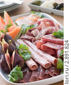 Купить «Тарелка мясного ассорти», фото № 2891824, снято 8 августа 2007 г. (c) Monkey Business Images / Фотобанк Лори
