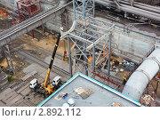 Купить «Монтаж газохода большого диаметра», фото № 2892112, снято 14 сентября 2011 г. (c) Кекяляйнен Андрей / Фотобанк Лори