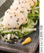 Купить «Трепанги на овощах с кунжутом», фото № 2899108, снято 20 апреля 2007 г. (c) Monkey Business Images / Фотобанк Лори