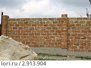 Купить «Забор из саманного кирпича», эксклюзивное фото № 2913904, снято 18 августа 2011 г. (c) Щеголева Ольга / Фотобанк Лори