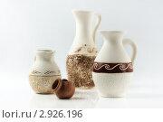 Купить «Декоративные кувшины», фото № 2926196, снято 21 апреля 2011 г. (c) Дмитрий Черевко / Фотобанк Лори