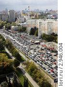 Городские пробки в Москве (2011 год). Редакционное фото, фотограф Клыкова Инна / Фотобанк Лори