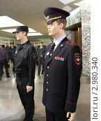 Купить «Новая форма офицера полиции на манекенах», эксклюзивное фото № 2980340, снято 28 октября 2011 г. (c) Free Wind / Фотобанк Лори