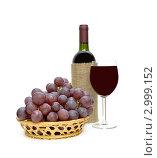 Купить «Вино и виноград», фото № 2999152, снято 24 мая 2020 г. (c) Ласточкин Евгений / Фотобанк Лори