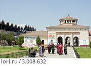 Купить «Ташкент. Вход на рынок Чор-Су», фото № 3008632, снято 9 августа 2009 г. (c) Татьяна Нафикова / Фотобанк Лори