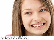 Купить «Портрет улыбающейся девочки подросткового возраст, лицо крупным планом», фото № 3080156, снято 14 апреля 2009 г. (c) Monkey Business Images / Фотобанк Лори
